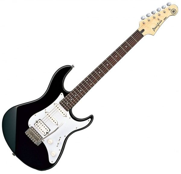 yamaha pacifica012 electric guitar black souq uae. Black Bedroom Furniture Sets. Home Design Ideas