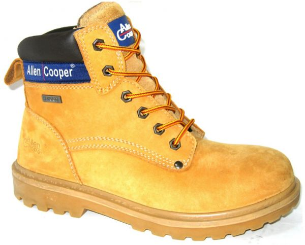 c200eb5ad20 Allen Cooper Safety Boots size 42