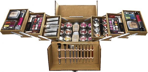 Sale on makeup kit, Buy makeup kit Online at best price in ...