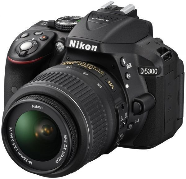 Nikon D5300 - 24 MP, SLR Camera, Black, With Bag and 16GB SD Card