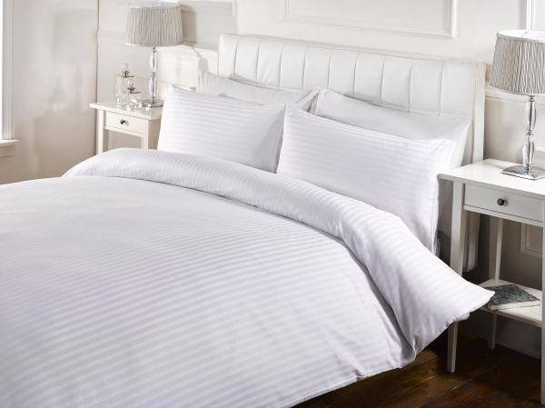 ECHO King Size, Cotton,Stripe Pattern, White   Bed Sheets