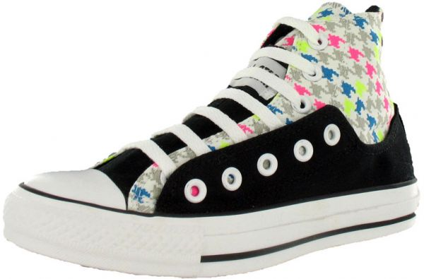 a37dce75bd8 Converse Multi Color Fashion Sneakers For Women