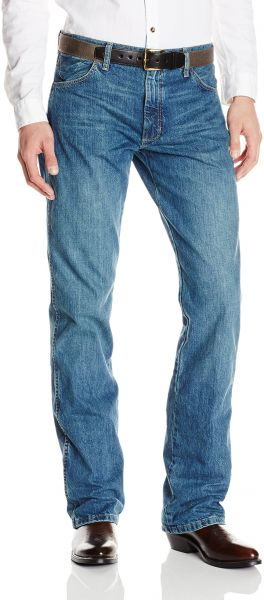 3223524b9c6f Buy Wrangler Men s Retro Slim Fit Boot Cut Jean