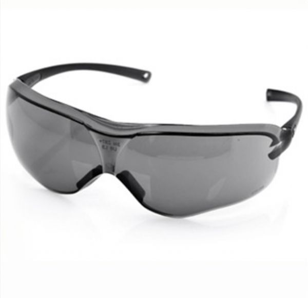 dce4020c0dc1 VIQILANY Safety Goggles Anti-wind Anti sand Anti Fog Anti Dust Resistant  gray Eyewear protective glasses - Grey | KSA | Souq
