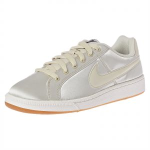 more photos 60325 d155b Nike Court Royale Se Sneakers for Women