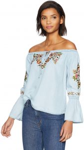 a0c892b5290c cupcakes and cashmere Women s Adrien Floral Embriodered Off The Shoulder  Top