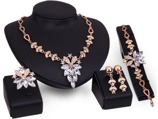 Women's Jewelry 4 Pices Set Alloy Necklace Pendant Earring Studs Bracelet Rings for Wedding Party