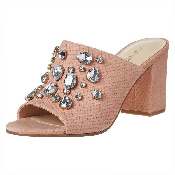 8f8951e39769 Sale on Sandals