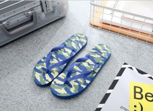161cf37275e1 Showaflops Mens  Antimicrobial Shower   Water Sandals for Pool