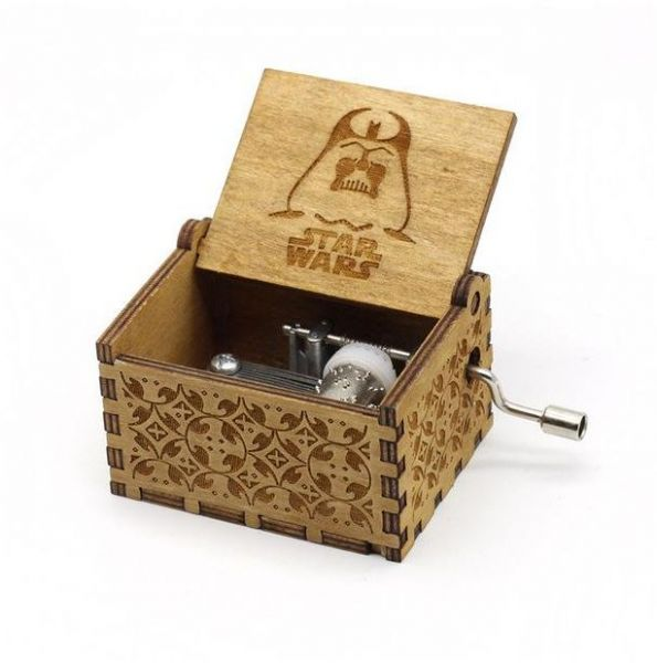 Wooden Hand crank Star Wars Music Box Wood Mechanism Musical Box Gift For  Christmas Valentine's day Birthday