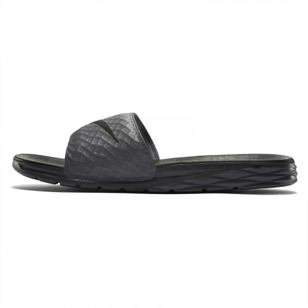6148e116e32d Slippers  Buy Slippers Online at Best Prices in Saudi- Souq.com