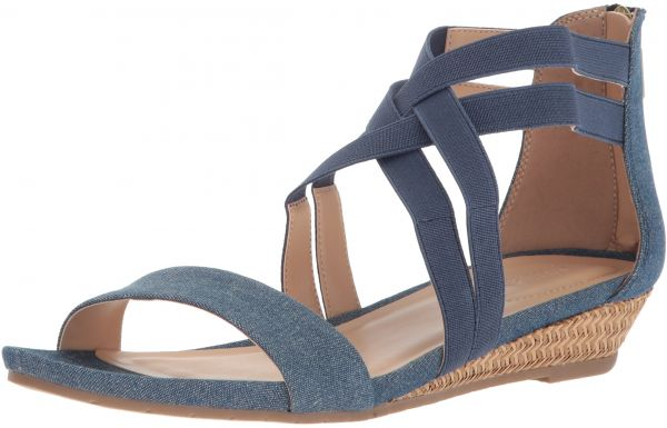 746385d63a0 Kenneth Cole REACTION Women s Great Stretch Low Wedge Sandal